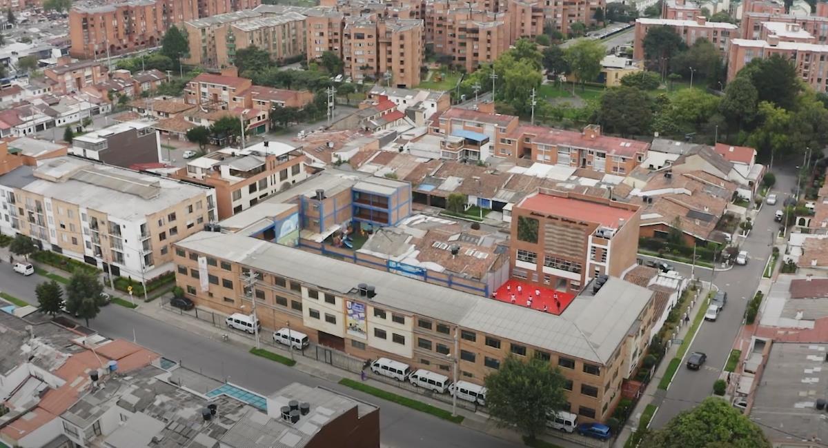 Colegio de Bogotá es ejemplo en transformación digital. Foto: Youtube