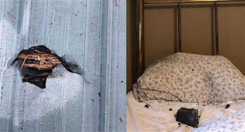 Meteorito cae sobre una casa y queda sobre la almohada de la dueña de la casa