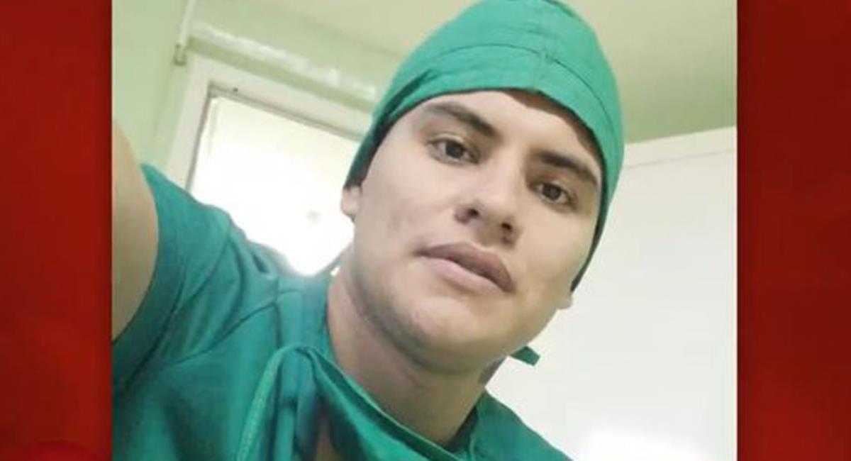 Leonel Martínez era un médico de 27 años que fue secuestrado por disidencias y murió en un bombardeo. Foto: Twitter @NoticiasUno