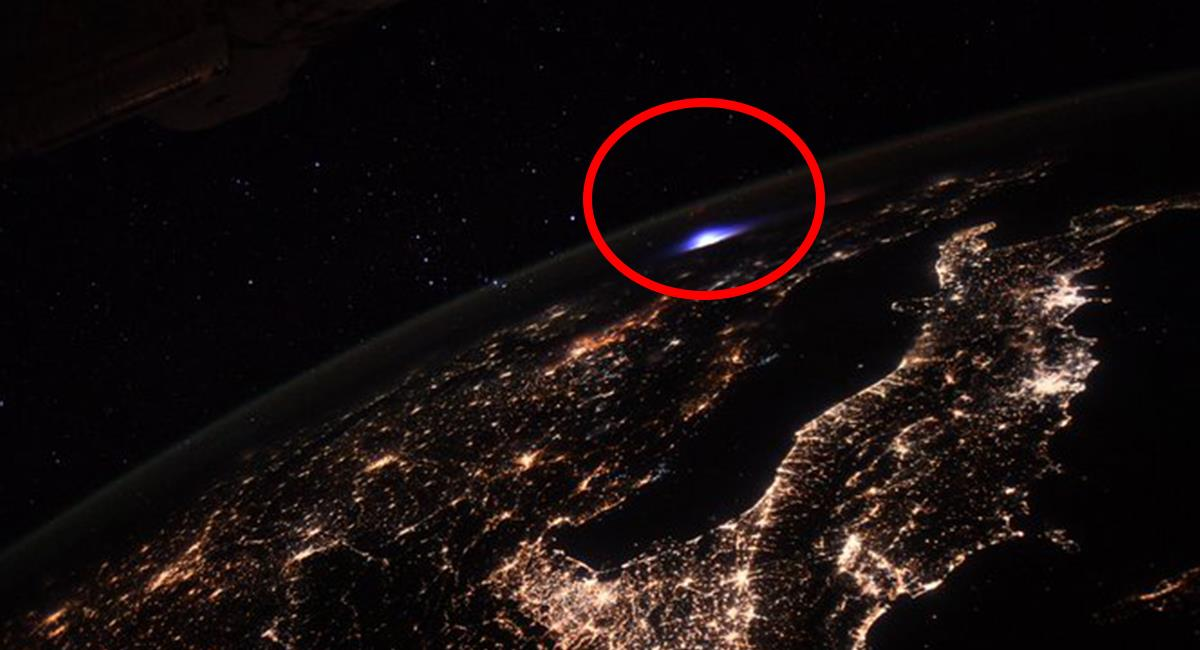 El astronauta logró captar la imagen de inusual fenómeno, cerca de Italia. Foto: Twitter @Thom_astro