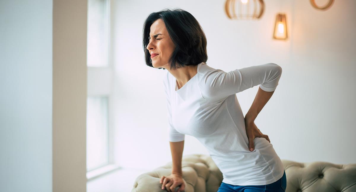 Dolor de espalda y cuello: así puedes prevenirlo o aliviarlo, si ya lo padeces. Foto: Shutterstock
