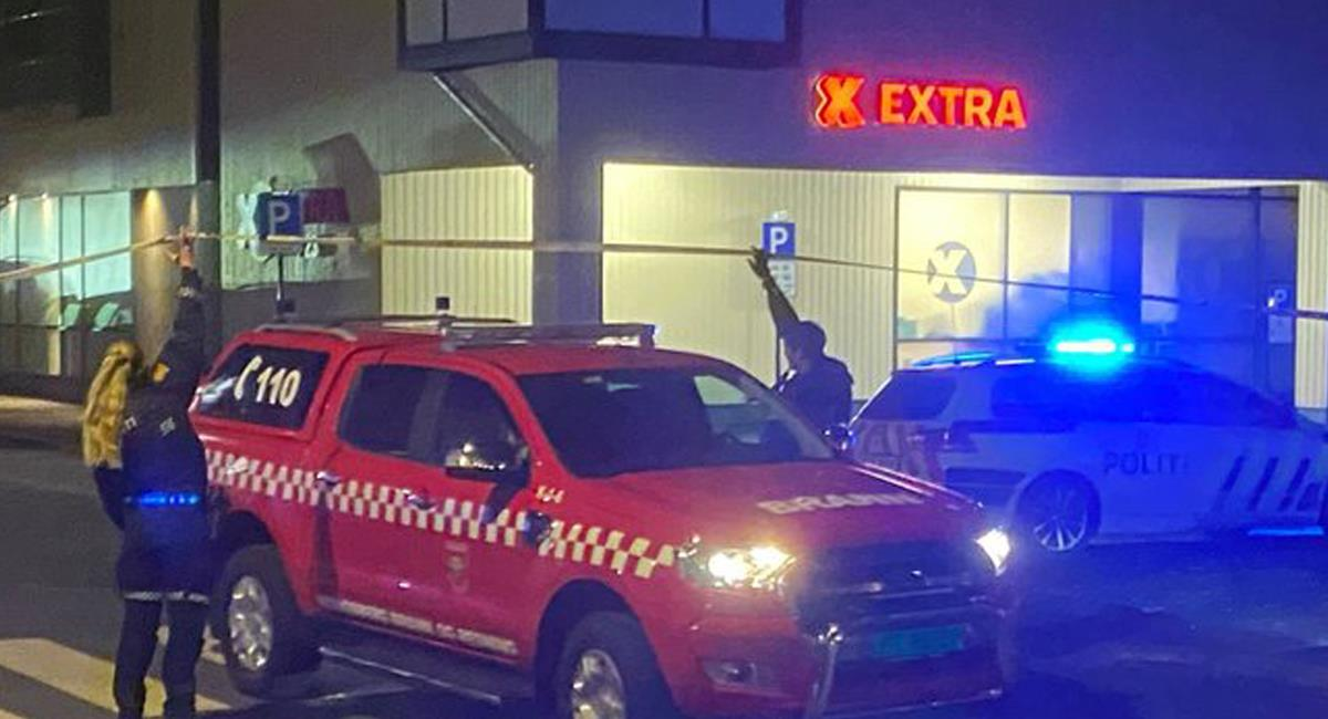 El arquero inició su demencial ataque en un reconocido supermercado de la localidad noruega de Kongsberg. Foto: Twitter @MundoEConflicto