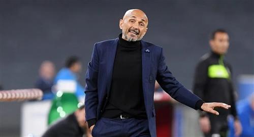 El técnico de David Ospina fue víctima del robo de su automóvil en Nápoles
