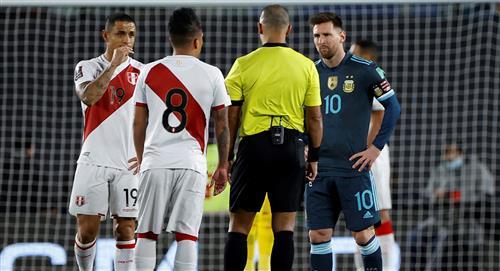 """Lionel Messi molesto por el arbitraje """"pareciera que lo hace a propósito"""""""