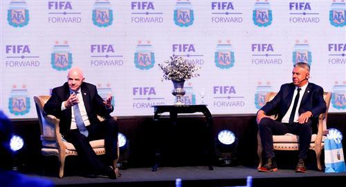 Presidente de la FIFA afirmó que sería fantástico un Mundial en el continente sudamericano