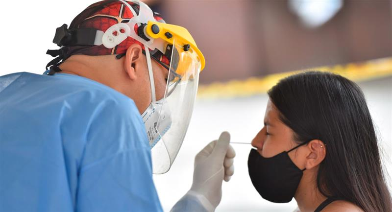 Hoy Colombia registra la cifra mas baja de fallecidos por covid-19 en 17 meses